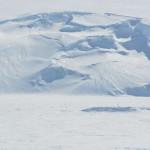 Transicion entre la zona de tierra y de mar suavizada por el hielo.