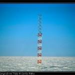 La torre con instrumentos meteorologicos. Tiene 30m de alto.