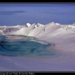 La plataforma de hielo se rompe por la presion.