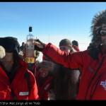 Celebrando el centenario de la llegada de Amundsen con exploradores noruegos.