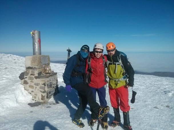 Cumbre del Moncayo en zapatillas.
