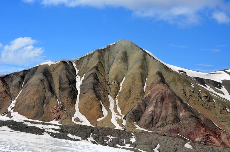 Bonita cumbre pero no llega a los 4800m
