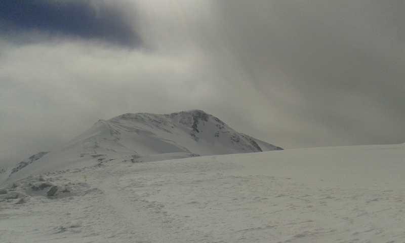 Vista desde meta hacia cumbre.